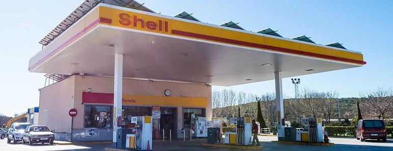 Almería denuncia que las gasolineras desatendidas destruyen empleo